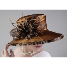 animal-print-chuch-hat